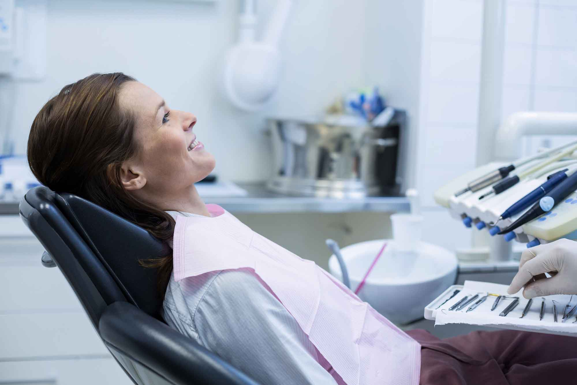 Установка зубного имплантата 0