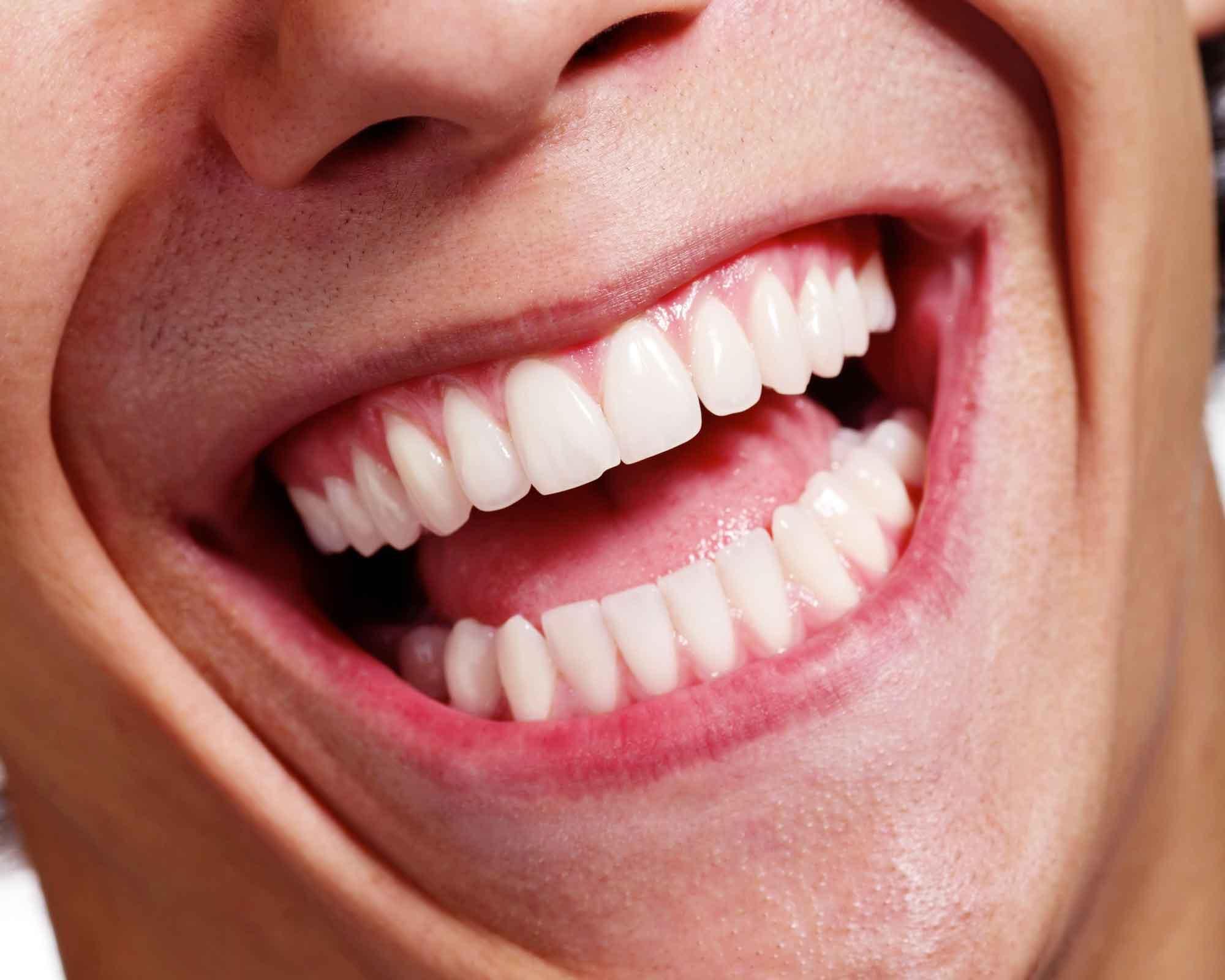 Протезирование или имплантация зубов 0