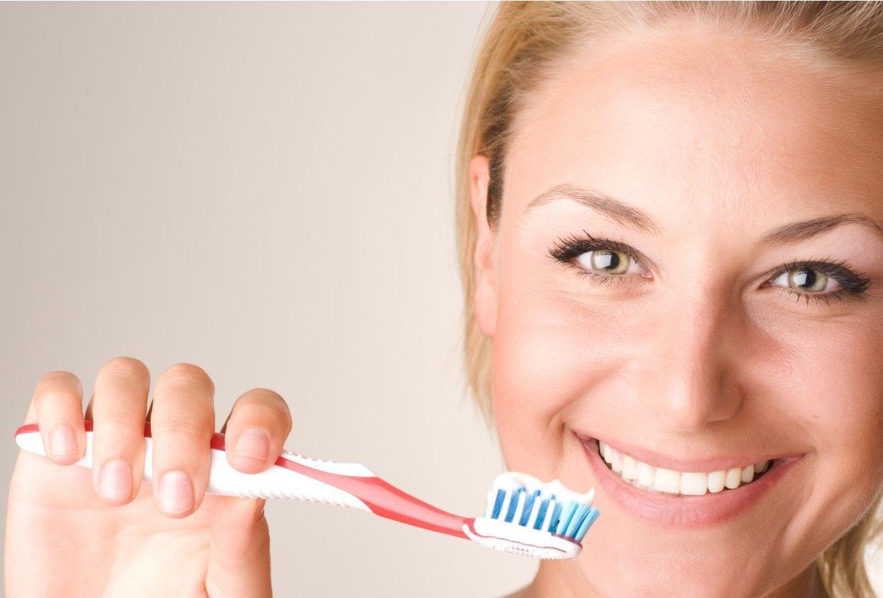 Как работают зубные пасты для восстановления эмали?