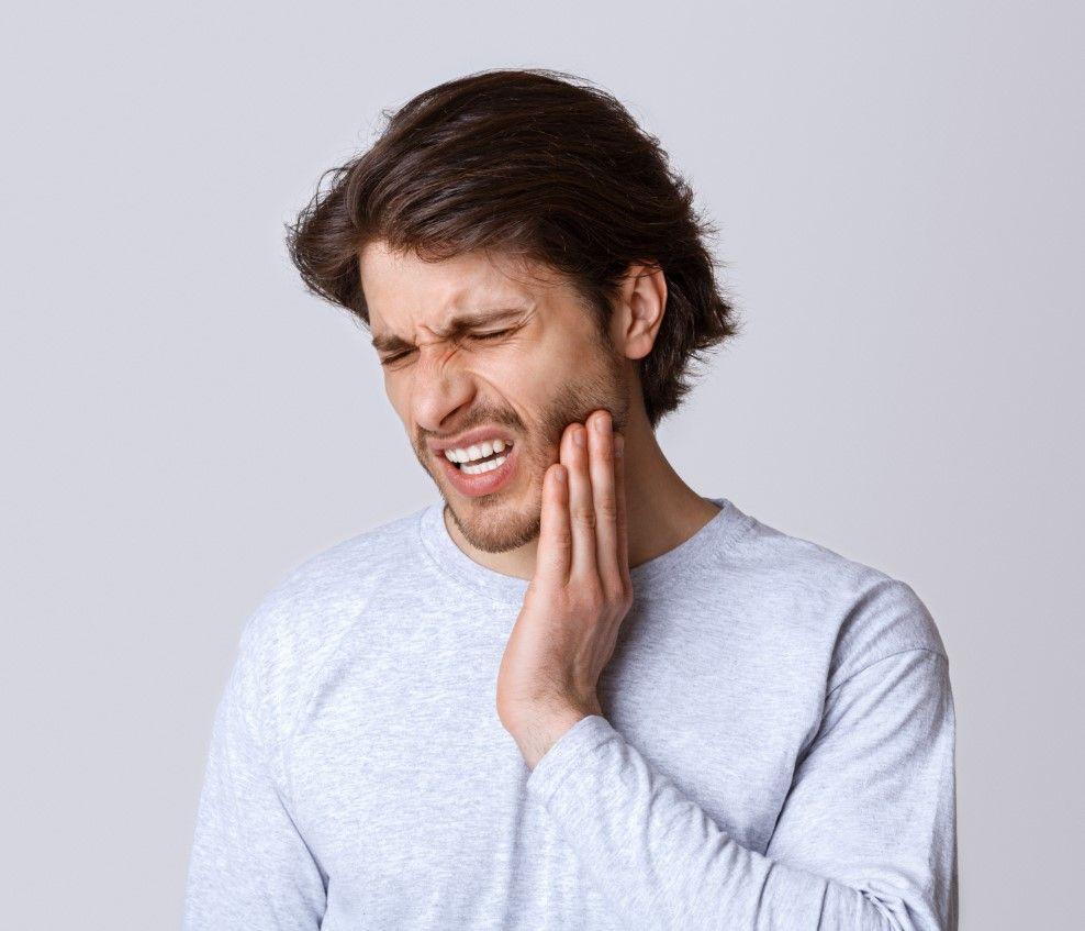 Всегда ли зубная боль — признак кариеса?