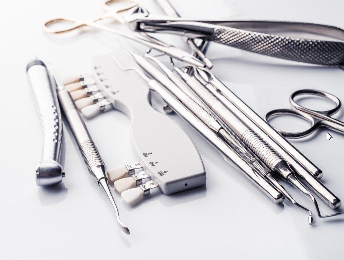 Извлечение обломка инструмента из канала зуба